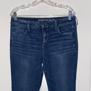 American Eagle Outfitter Super High Rise Jegging